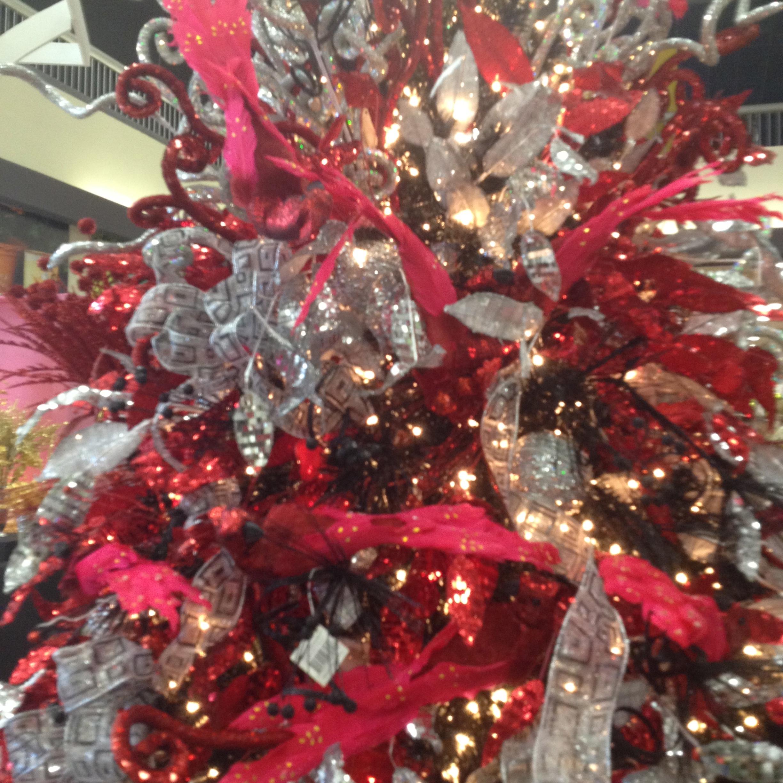 Navidad americana departamentos decoremos con kiki - Arboles de navidad dorados ...